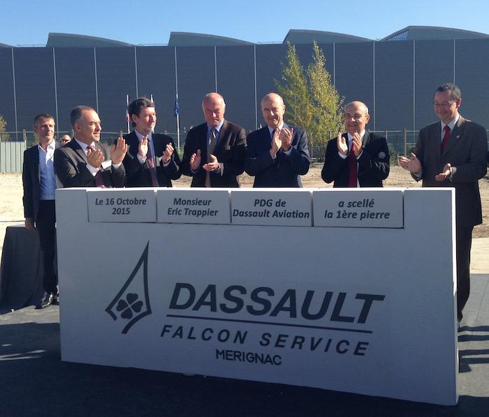 Hangar De Maintenance DASSAULT FALCON SERVICE